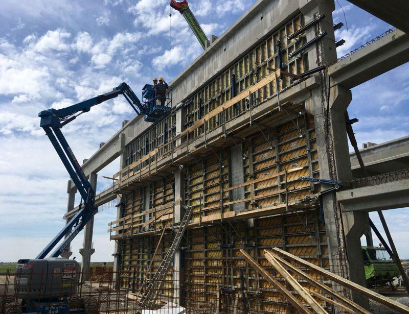 Izrada-AB-zida-h=9-m-sa-tecnim-betonom