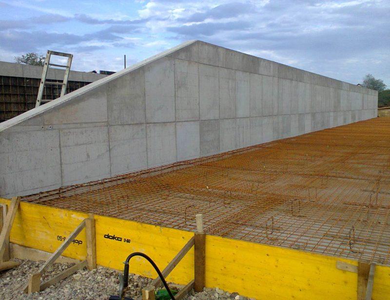 Trenc silos sa AB plocom u izgradnji